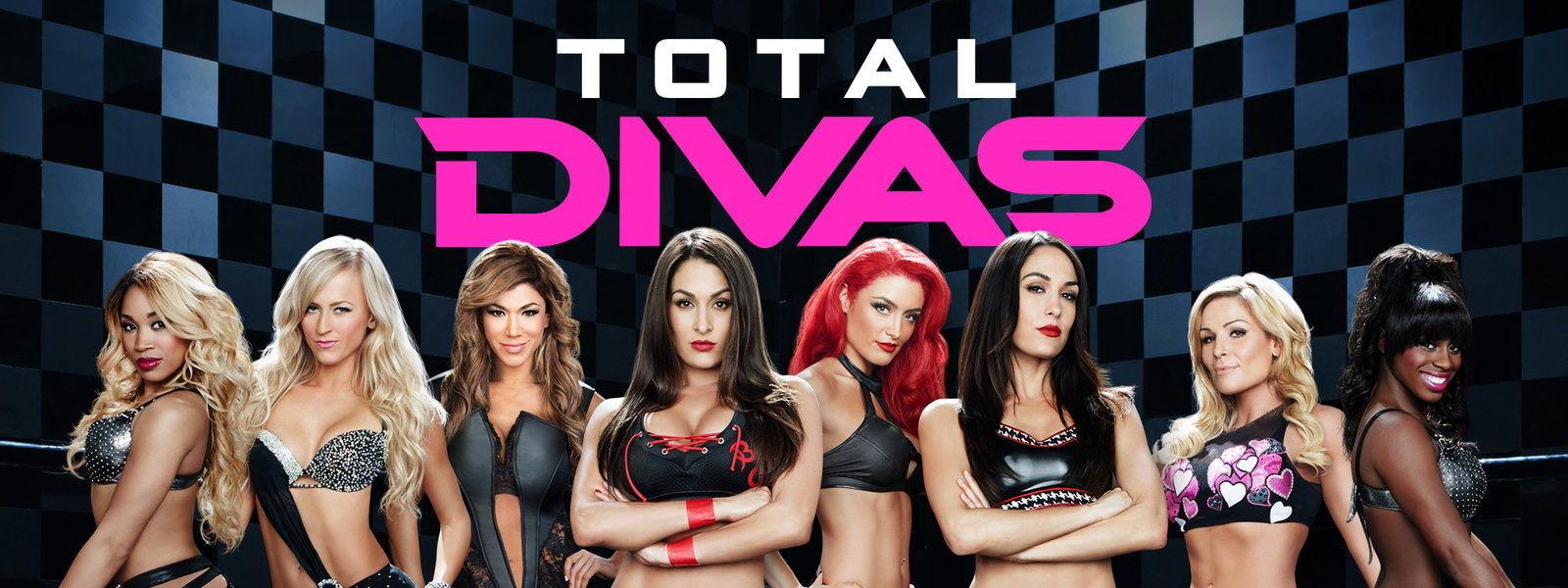 ¿Cuál de las siguientes mujeres han conseguido un título masculino en la WWE?